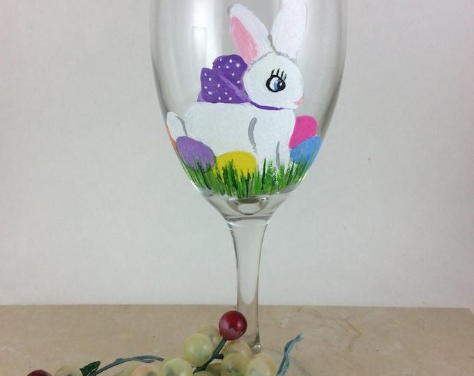 Easter wine glasses, Easter Gift, Easter Decor, Bunny Wine Glass, Bestfriend gift, Girlfriend gift, gift for her, Easter gift for her