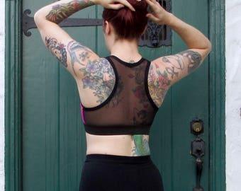 Sports Bra / Slim Cut / Mesh Racer Back / Prints (7 colors)
