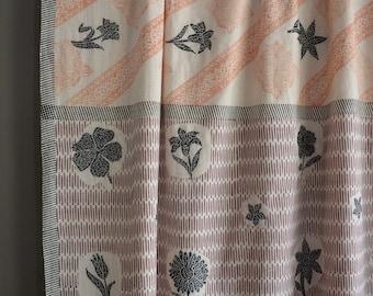 Hand embroidered khadi saree, hand-spun and handwoven khadi saree, embroidered cotton saree, kasuthi embroidered khadi saree, khadi fabric.