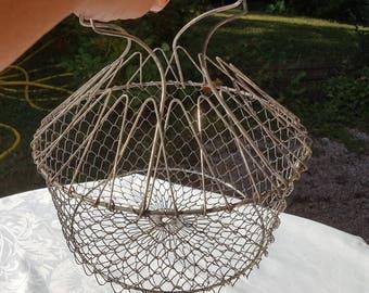 French vintage iron wire salad basket or egg basket  ,wire handles kitchen decor,rustic decor