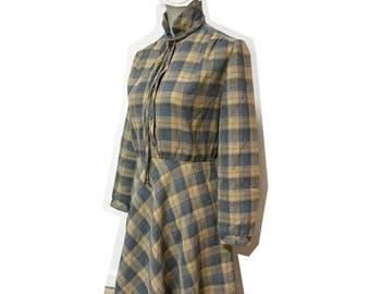 Oh my! Vintage seventies/eighties plaid dress, size S