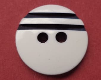 10 buttons 16mm white black (4252) button