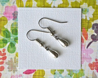 Silver Teardrops . Earrings