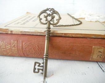 collier à breloques clé - steam punk 28 pouces chaîne d'inspiration Skeleton Key collier ton or clé style antique chaîne boho collier vintage