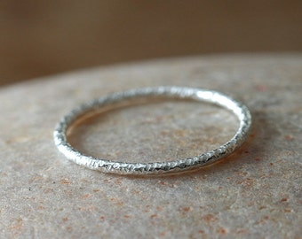One Faceted Stacking Ring in Sterling Silver, Size 2 to 15,Skinny Ring, Knuckle Midi Ring, Stopper Stacker Ring, Womens Jewelry,Gift for Her