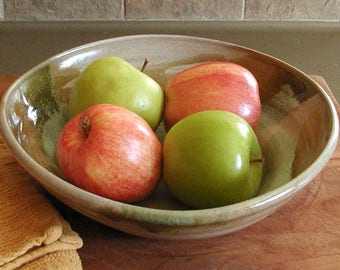 Serving/Salad Bowl - Fruit Bowl - Mixing Bowl - Offwhite/cream, Spearmint Green, Light Brown