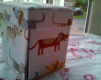 Exploding Etui Fun Colourful Dog Sewing Box
