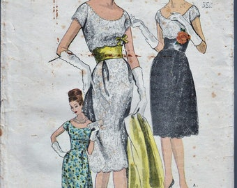 Vogue Couturier Design 1002 / Vintage 60s Sewing Pattern  / Evening Dress / Size 16 Bust 36