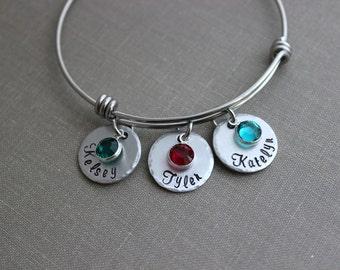stainless steel bracelet, Children's names Personalized aluminum discs, Swarovski crystal birthstones and wire bangle bracelet gift for Mom
