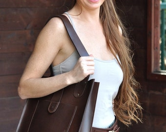 Beautifully Handcrafted Oversized Brown Leather Tote Bag. Women Leather Bag. Carry All Bag. Shoulder Bag. For Everyday Use. Pure In Design.