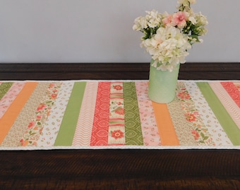 Spring Floral Table Runner, Quilted Table Runner, Table Topper, Table Decor, Reversible Table Runner, Coffee Table Decor