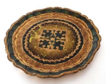 Florentine tray round green and gold. Vintage 1950's