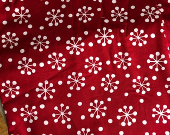 Follow Your Imaginatin, Prints Charming,  Snowflakes Red Fat Quarter Quilt Fabric Sewing Retro Fabric