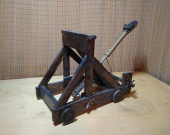 wooden ancient catapult toy