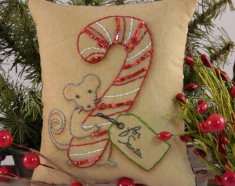 Christmas MOUSE embroidery Pattern PDF - stitchery primitive pillow candy cane pinkeep tag pin cushion tuck