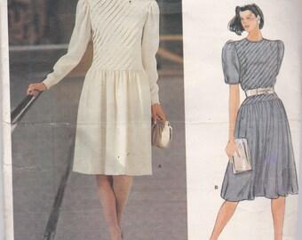 Vogue 1301 American Designer Albert Nipon Womens Dress in 2 Variations Size 10