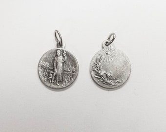 Medal pendant both sides Saint Roch and branches of Lily flowers