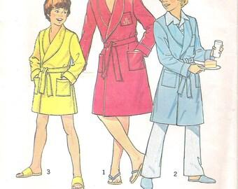 Uncut Simplicity Sewing Pattern 7066, Boys' Robe Boys' Size 6 Uncut Vintage 1970s