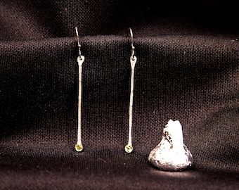 Sterling silver long drop earring with peridot, simple & sophisticated style