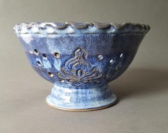 Scalloped Pedestal Berry Bowl Collander Strainer Hand Carved in Variegated Blue Speckle