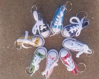 Converse tennis shoe keychain