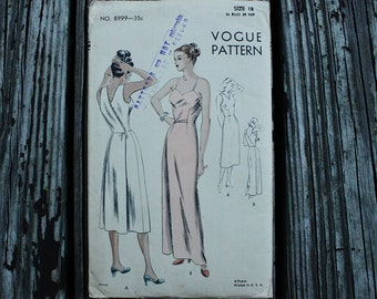 Vogue 8999 Sewing Pattern 1940s 40s Wrap Dress Slip Night Gown Vintage Sewing Pattern Size 18 Bust 36