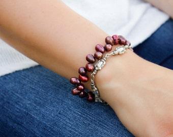 Bracelet de perles d'eau douce Boho rouge - argent, Multi Strand, fleur de baies