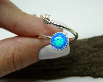 Sterling silver Opal ring, Adjustable leaf Ring, Opal Ring, Delicate Opal ring, Blue Opal ring, White Opal ring, Gift for her