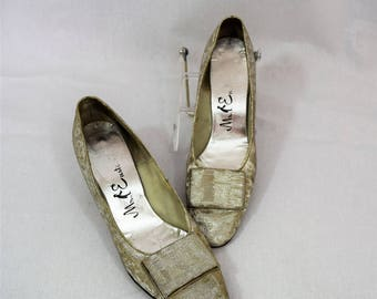 Vintage 1960s silver lame high heels pumps by Mr Easton