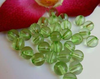set of 25 plastic beads
