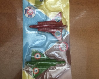 1970 Tootsietoy 2850 Three Die Cast Fighter Jets In Original Package Sale