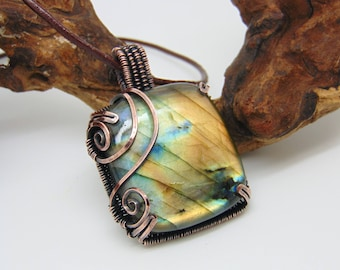 Orange Labradorite Pendant - Wire Wrapped Pendant - Wire Wrapped Jewellery Handmade - Wire Jewellery - Prong Set Necklace