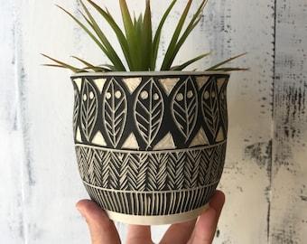 T R I B A L : ceramic succulent planter