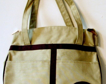 Vintage 1970s Tan and Brown Canvas Handbag Purse With Style