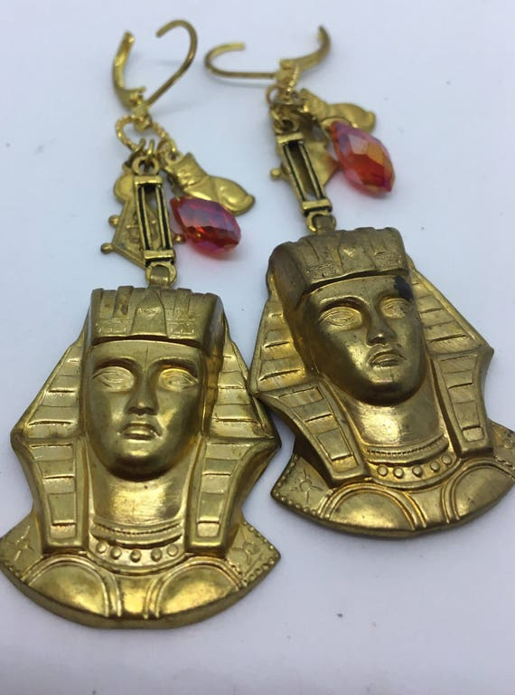 DANGLE Earrings Egyptian Revival Art Deco Vintage Assemblage Pyramids of Nile