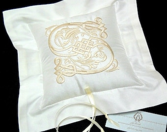Silk ring bearer pillow with personalized Celtic monogram jfyBride Style 4205
