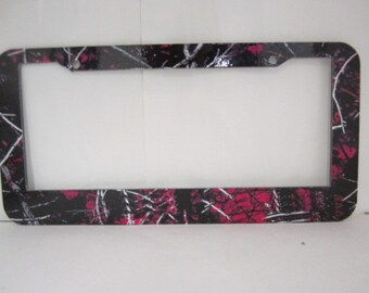 License plate frame, Muddy Girl Com.  Personalized, text your message  top,12 letters, bottom, 20 letters or No text.