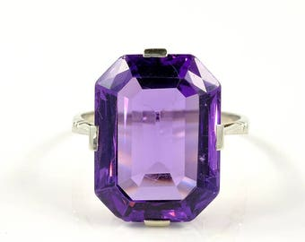 SALE! Art Deco 17.50 natural amethyst solitaire ring