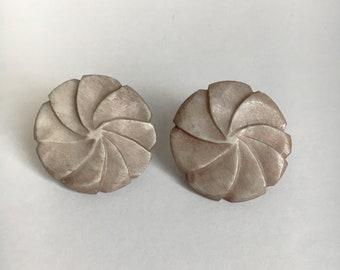 Vintage Retro Brown Flower Earrings