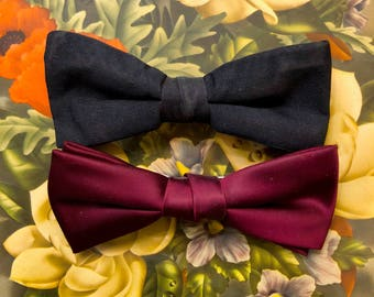 Set of 2 clip on bow ties
