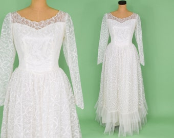 50s Wedding Gown | White Lace Full Long Sleeve Dress | Small Medium