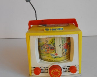 Fisher Price Music Box TV with Peek-A-Boo Screen - Works    (903)