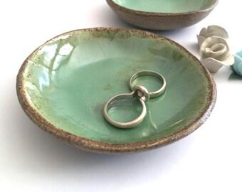 Ring Holder, Ring Dish, Engagement gift, Wedding Gift, Wedding Ring Holder, Bridal Shower Gift, Anniversary gift, Jewelry dish, Ceramic bowl
