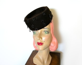 Vintage 1940's Brown Wool Beaded Tilt Topper Hat~New York Creation