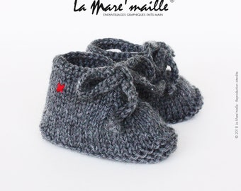 Baby booties knit charcoal grey wool style sneaker with the Mare hand knitted lace ' stitch
