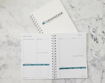 Organizada Blogger Planner | Monthly Goals | Social Media Planner | Income & Expenses | Long List/Short List | Undated Blog Planner, 6x9