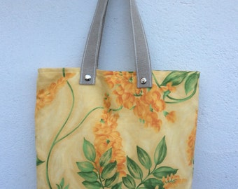 Handmade Tote bag from floral vintage fabric