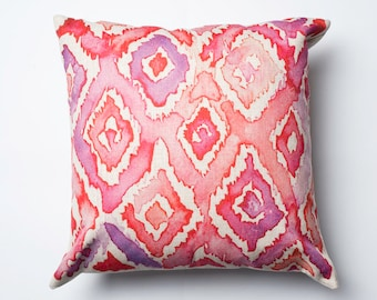 pink coloured cushion cover