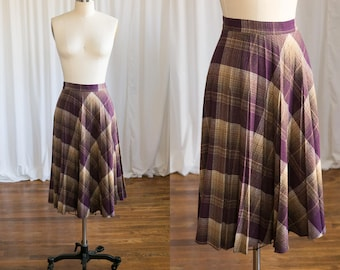 Peddling Patterns skirt | vintage plaid skirt | 1970s plaid wool pleated skirt | 70s plum purple plaid skirt | vintage 70s wool skirt