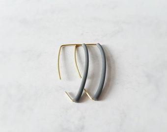 Triangle style rubber earrings
